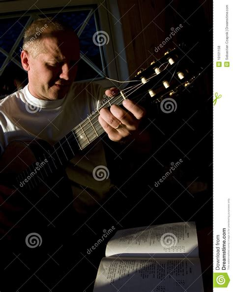 who is the singer guitar player that does the direct tv commercial guitar player and singer royalty free stock photos image