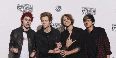 testo she look so accordi she looks so 5 seconds of summer 1000 note