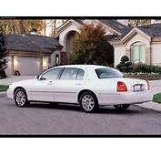 Lincoln Town Car Cartier L 2003  Picture 1 Of 4