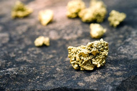 5 gold stocks trading at a sizable discount to its ounces