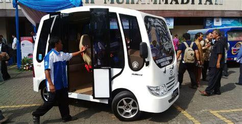 Tv Mobil Di Malang menteri anies baswedan puji mobil listrik buatan smk muhammadiyah okezone news