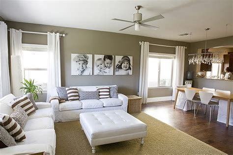 popular color schemes for living rooms according to jason 5 best apartment living room colors