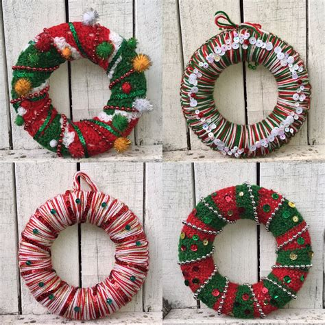 crochet pattern for xmas wreath christmas crochet wreaths lincraft lincraft