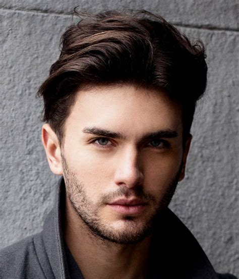 new haircut style for round face latest hairstyle