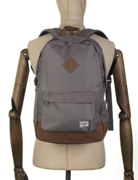 Original Herschel Heritage Backpack Lt Grey Lg herschel supply co heritage 21 5l backpack grey herschel supply co from iconsume uk
