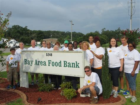 South East Toyota Finance Southeast Toyota Finance Associates Volunteer At The Bay