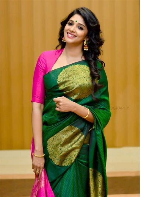 Blouse Brukat Monalisa pink scooped neck with three quarter sleeve blouse and green silk saree blouses
