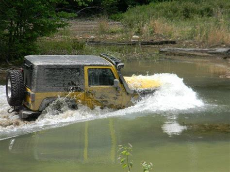 jeep snorkel underwater product spotlight jeep jk snorkel options smokey the jeep