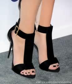 khloe kardashian celebrity foot and shoes