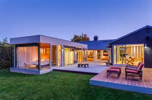 Stylea House World Of Architecture Suburban House Turned Into