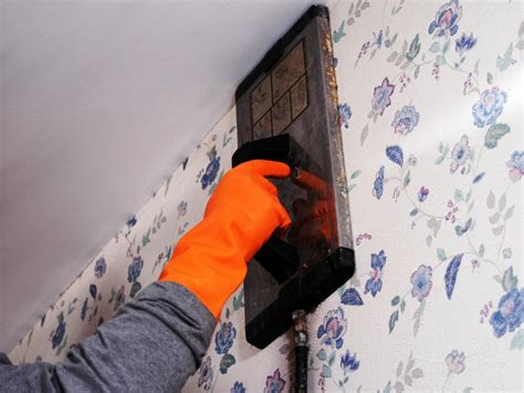 How To Remove Wallpaper With