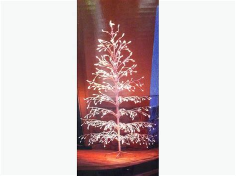6 pre lit white wire christmas tree oak bay victoria