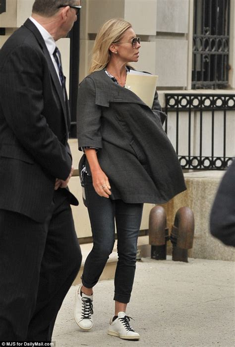 kelly ripa goes make up free as she arrives home after fronting kelly ripa goes casual as she heads to work in new york