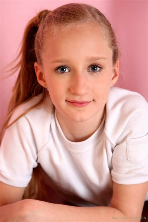 charming tween models charming faces young and beautiful
