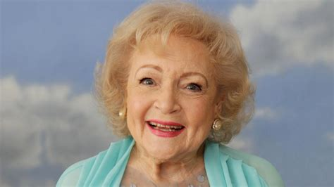 7 Reasons I Still Betty White by Betty White Is 93 Years 7 Surprising Facts About
