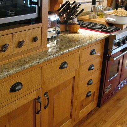 Best Hardware For Oak Cabinets by Quartersawn Oak Kitchen And Pantry Oak Cabinets