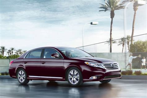 books about how cars work 2011 toyota avalon interior lighting image gallery 2011 toyota avalon