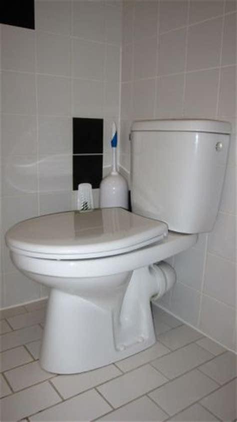 stortbak wc werking wie weet het merk van deze stortbak