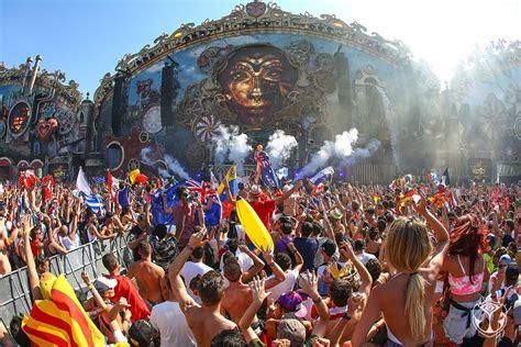 Festivals In Tomorrowland