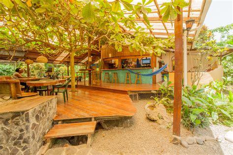 visit puerto viejo   caribbean coast guayabo lodge