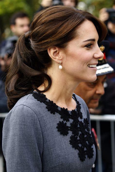 childrens haircuts cambridge kate middleton loose ponytail kate middleton looks
