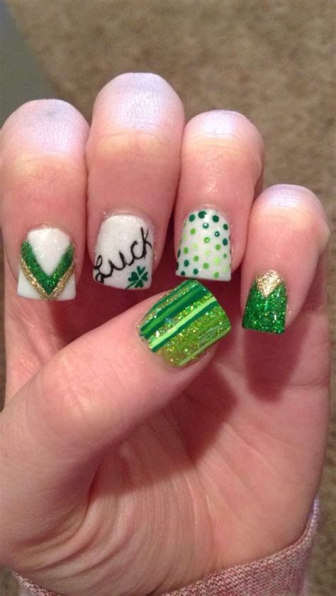 easy nail art st saint patrick s day nail designs bellatory