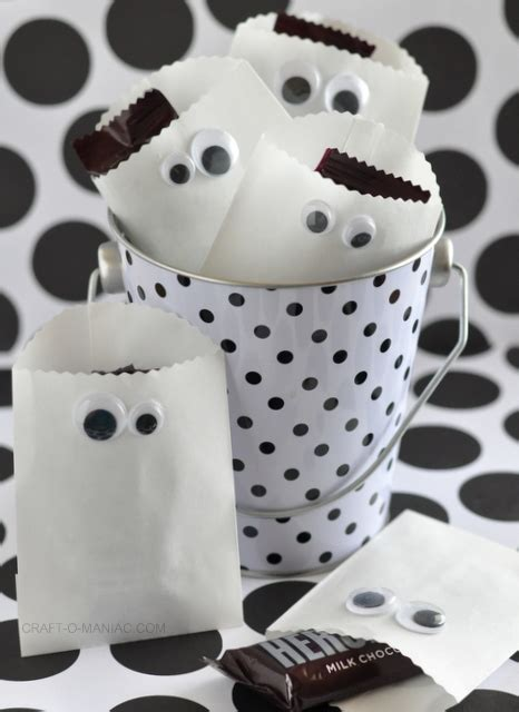 Paper Bag Ghost Craft - paper ghost favor bags