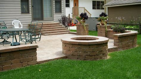 Backyard Patio Pavers Unilock Paver Patio Firepit Patio Designs With Pits