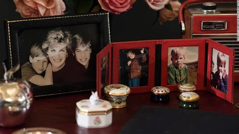See Princess Diana's personal items at Buckingham Palace