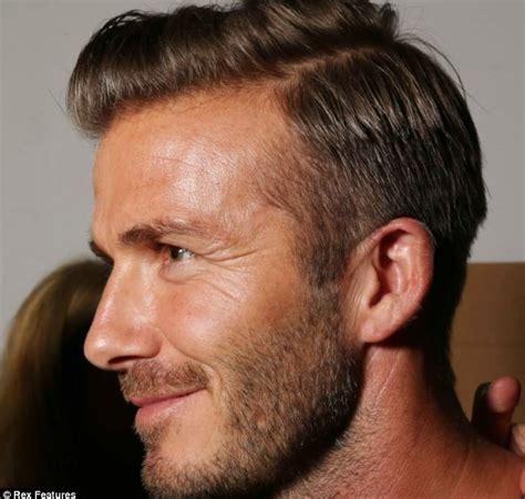 David Beckhams Softer Side by 男性侧分头回归成时尚 贝克汉姆帅气十足 娱乐 环球网