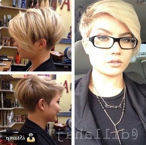 Hairstyles 2017 For With Glasses by 2018 Pixie Haircuts With Glasses