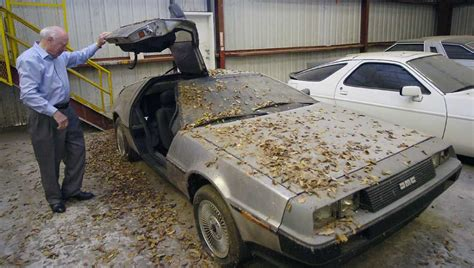 Southeasttexas Garage Sales by Delorean In Beaumont Garage Is Back From The Future