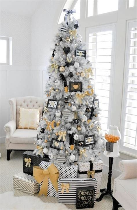 modern christmas tree decorations and ornaments