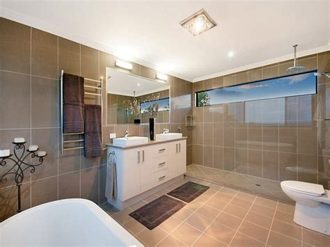 Modern Bathrooms Australia Modern Bathroom Design With Claw Foot Bath Using Frameless Glass Bathroom Photo 314376