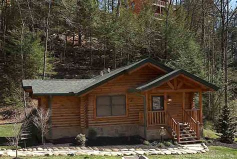 Almost Paradise Cabin by Gatlinburg Cabin Almost Paradise 1 Bedroom Sleeps 4