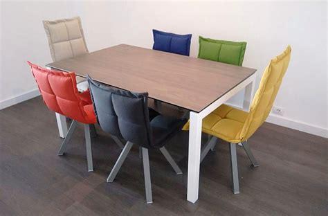 decorar la mesa de comedor  sillas diferentes decorart