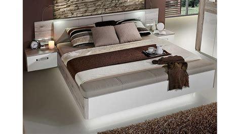 schlafzimmer sandeiche schlafzimmer set rondino sandeiche wei 223 hochglanz inkl led