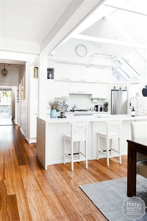 10 gorgeous minimal kitchens curbly 1000 images about kitchen n things on pinterest