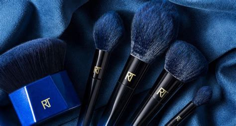 Harga Chanel Bleu brush sintetik baru real techniques powder bleu daily