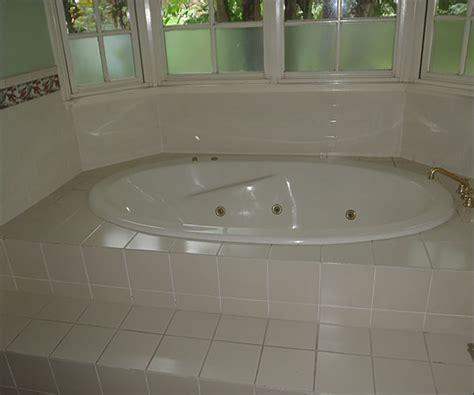 glaze master bathtub refinishing before and after glaze master spa bath resurfacing reglazing