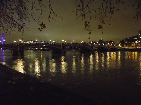 thames river at night thames river at night by rob54613 on deviantart