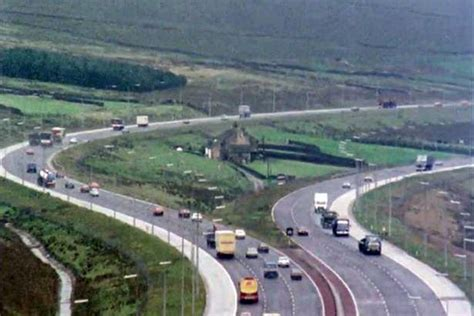Online Building Plans by Why Is There A House In Middle Of The M62 Truth Behind
