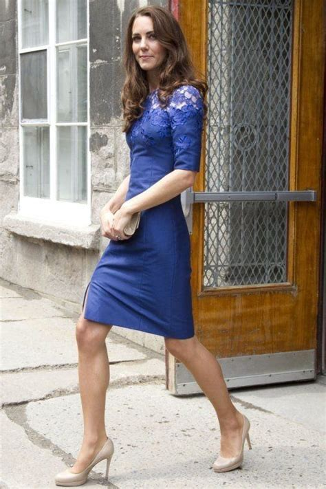 what color shoes with royal blue dress what shoe color goes best with a blue dress quora