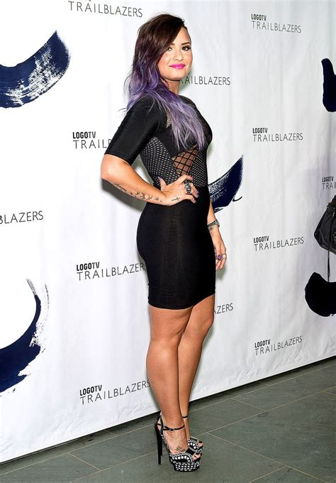 Carpet Demi And Work The Lbd by Pics Demi Lovato The Cathedral And