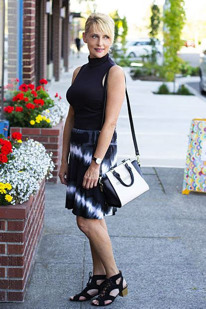 fashion blogs for middle aged women seattle area fashion bloggers share what inspires them