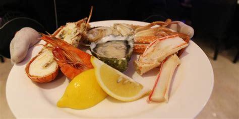 Kerang Oyster makan quot seafood quot kualitas premium sepuasnya mulai rp 300 000 an mau kompas