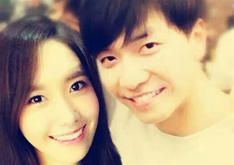 lee seung gi and yoona latest news iconic hallyu couple yoona lee seung gi split up agency