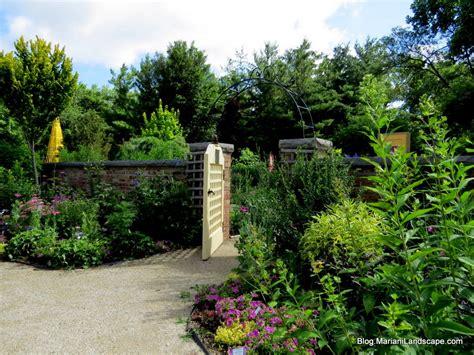 Janesville Botanical Gardens The Janesville Rotary Botanical Garden In The Garden With Mariani Landscape