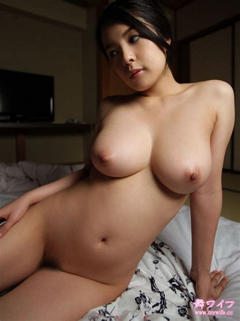 Bos So Monday Asians With big tits 25 Photos The Fappening Leaked Nude Celebs