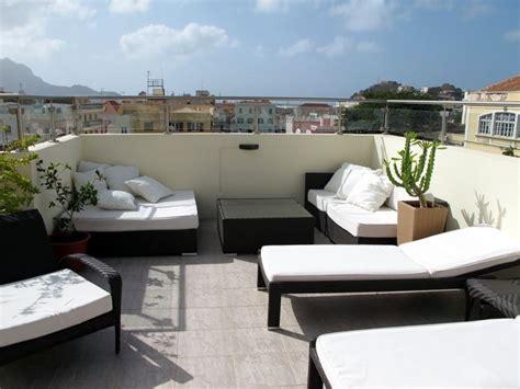 arredi terrazzi arredamenti per terrazzi mobili da giardino scegliere